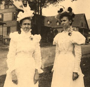 Photo of town unknown young women at family event in Felchville, Vermont